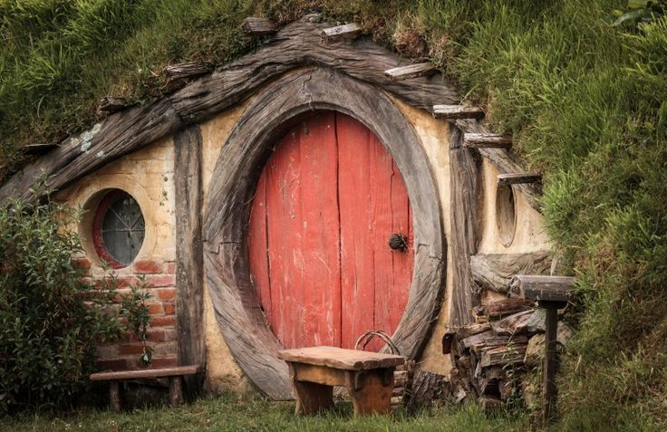 Vivere ecologico in una casa da favola. Le case più green sono quelle degli hobbit