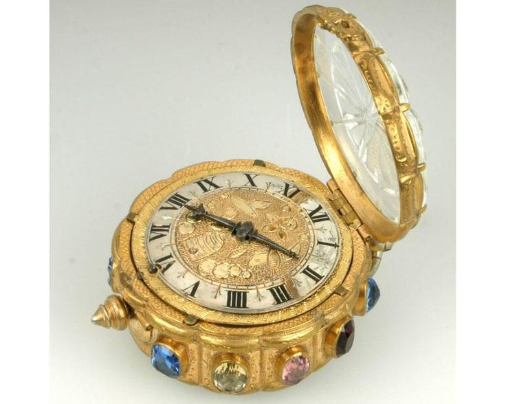 POCKET WATCH WITH ROCK CRYSTAL COVER, SIGNED BALTHASAR DE PAEP ANVERS, ANTWERP, CIRCA 1600.