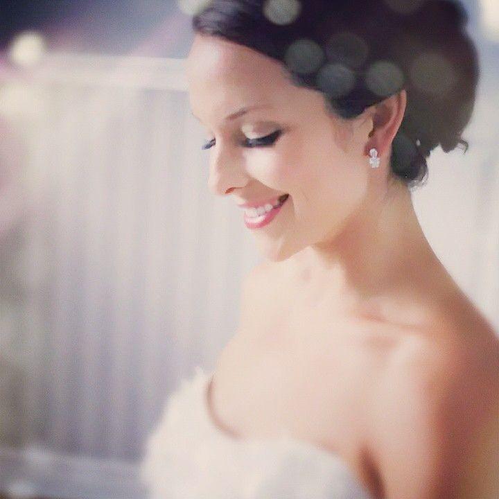 Beautiful bridal make-up by KESmakeup!  k.e.s.makeup@gmail.com. www.facebook.com/k.e.s.makeup.  Contact Kelly to book!!!