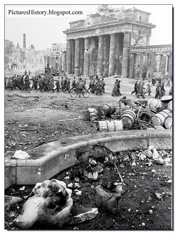 Berlin in 1945 was a city of doom utterly destroyed in for Cities destroyed in ww2