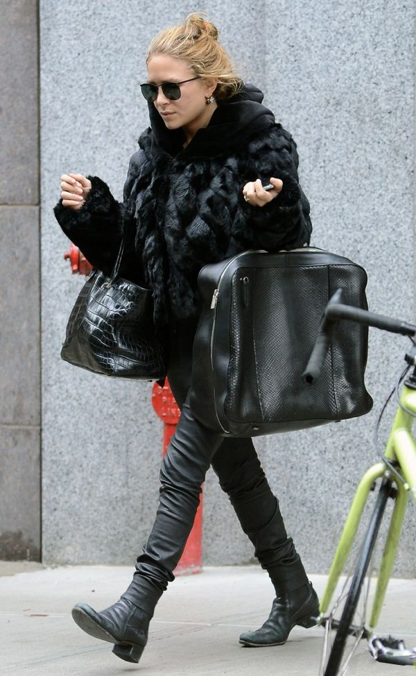 OLSENS ANONYMOUS MKA MARY KATE ASHLEY OLSEN FASHION STYLE BLOG ROUND SUNGLASSES EARRINGS BLACK HOODED FUR COAT SKINNY LEATHER PANTS CROC BLACK TOTE BAG PYTHON TRAVEL BAG SHORT BOOTS