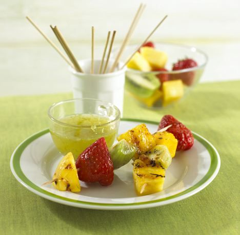 One of my favourite things about summer is the fruits! Mmm pineapple and strawberries on sticks