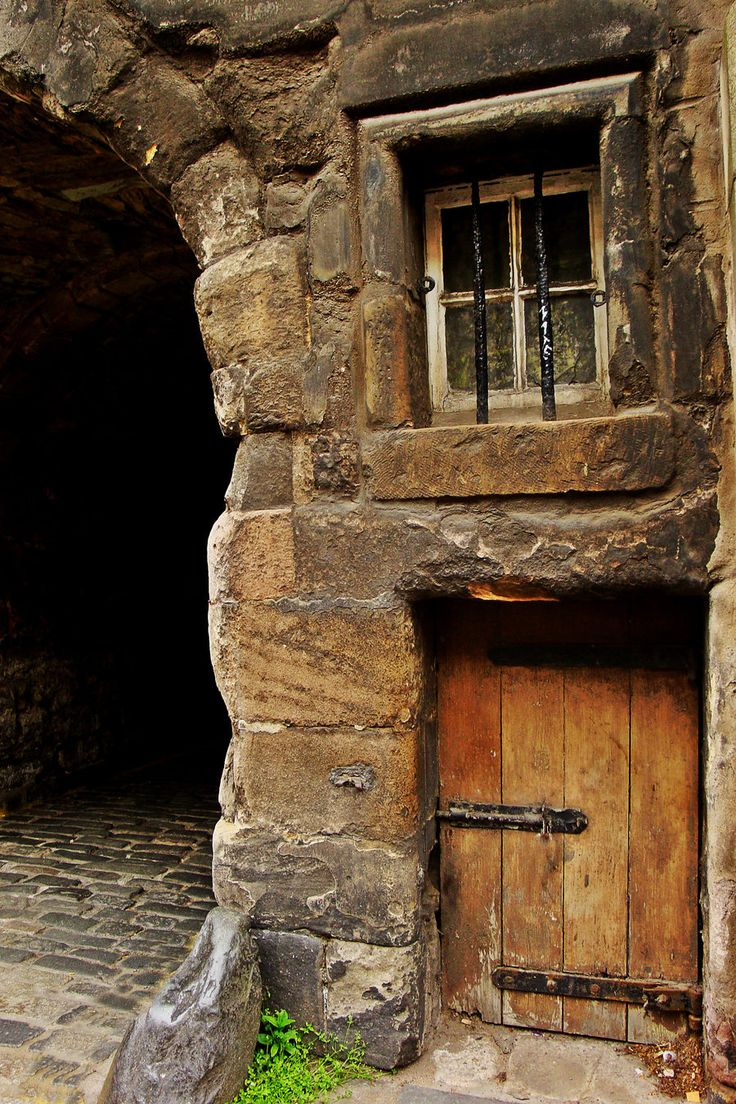 #door Edinburgh, Scotland