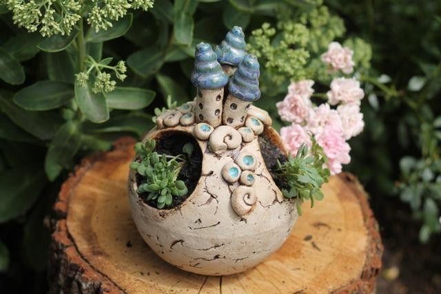"""Gartenkeramik Kugel """"Meeresrauschen"""" von Sonja´s Bastelecke auf DaWanda.com"""