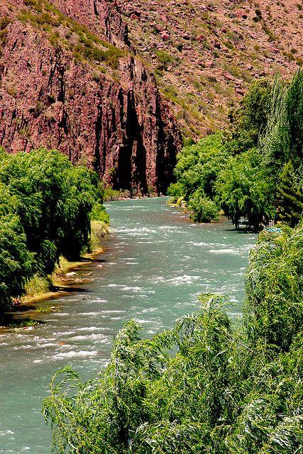 Río Atuel (San Rafael, Mendoza, Argentina).