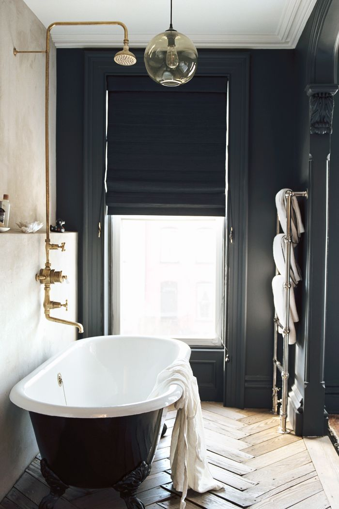 10 Luxurious Bathtubs That Pair Well With