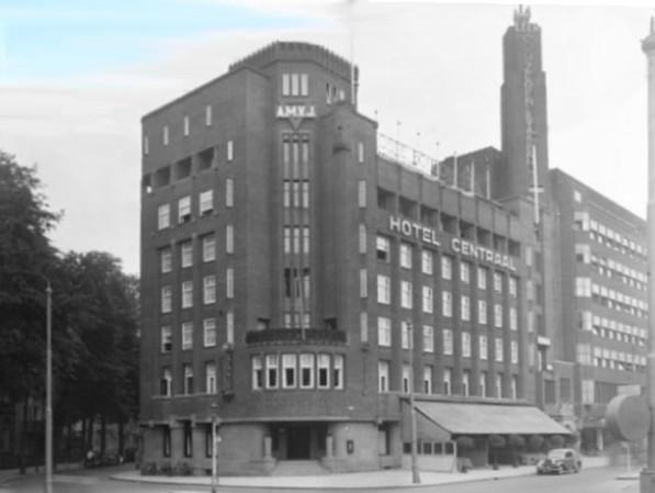 De Amsterdamse Maatschappij voor Jongemannen, na 1945 omgedoopt tot Algemene Maatschappij voor Jongeren, was en is een begrip in Amsterdam. Tot ver in de jaren '70 speelde dat alles zich af in het enorme, ultramoderne AMVJ-gebouw aan het Leidsebosje, tegenwoordig het luxe NH Amsterdam Centre Hotel. Dit gebouw werd al in 1928 voorzien van een overdekt zwembad.  Voorts werden er allerlei sociaal-culturele activiteiten voor de leden georganiseerd.