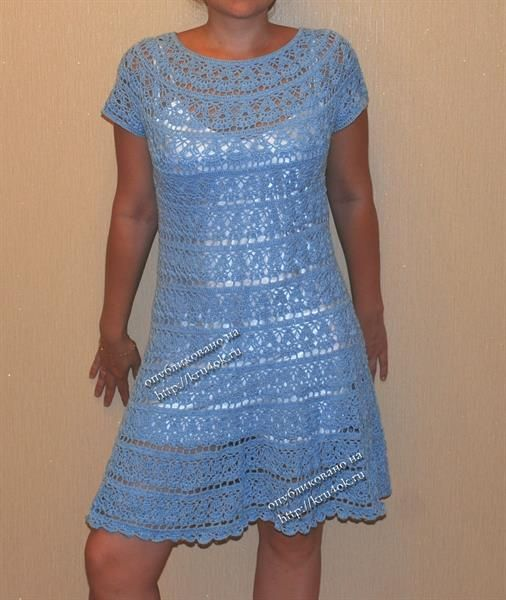 Красивое платье на круглой кокетке