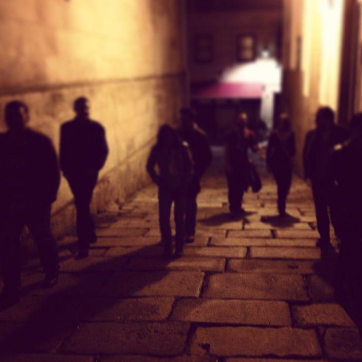 Ahora que se acerca halloween hay que tener precaución con los zombis y caminantes… Yo os presento a los míos, cuidado que están sueltos. #halloween #samain #zombis #caminantes #noche #gente #fiesta #disfraces