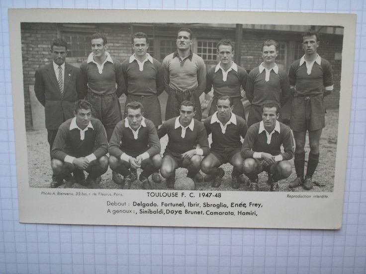 carte postale photo football EQUIPE TOULOUSE 1947/48 fr.picclick.com. Même carte postale girondins de bordeaux