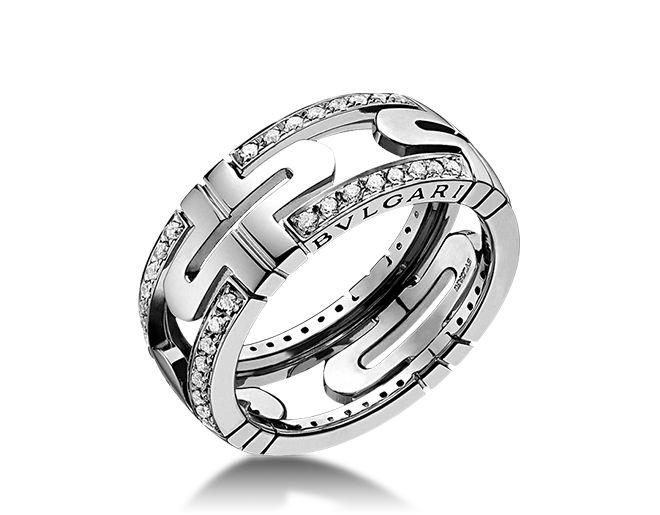 parentesi small 18 kt white gold ring with demi pav diamonds