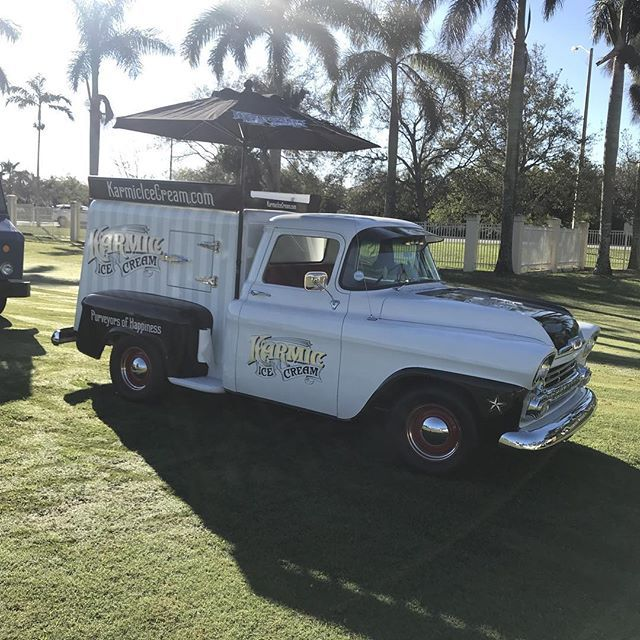 #karmicicecream 1958 Chevy Ice Cream Truck is out at the Classic Car ashow in Sunrise today! Come on by!