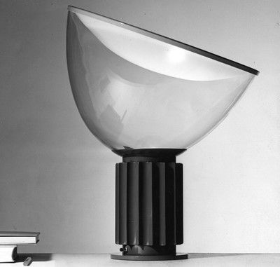 TACCIA    Table lamp providing reflected light    1958 Design: Achille and Pier Giacomo Castiglioni