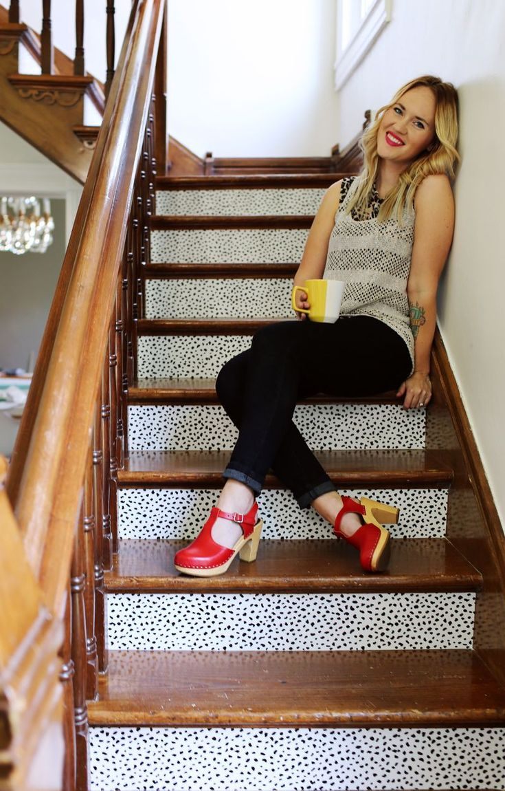 Best 25 Wallpaper Stairs Ideas Only On Pinterest Attic