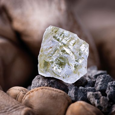 The Diavik Foxfire diamond...How cool is this!!!! Ethical and conflick free diamonds!!!!!!
