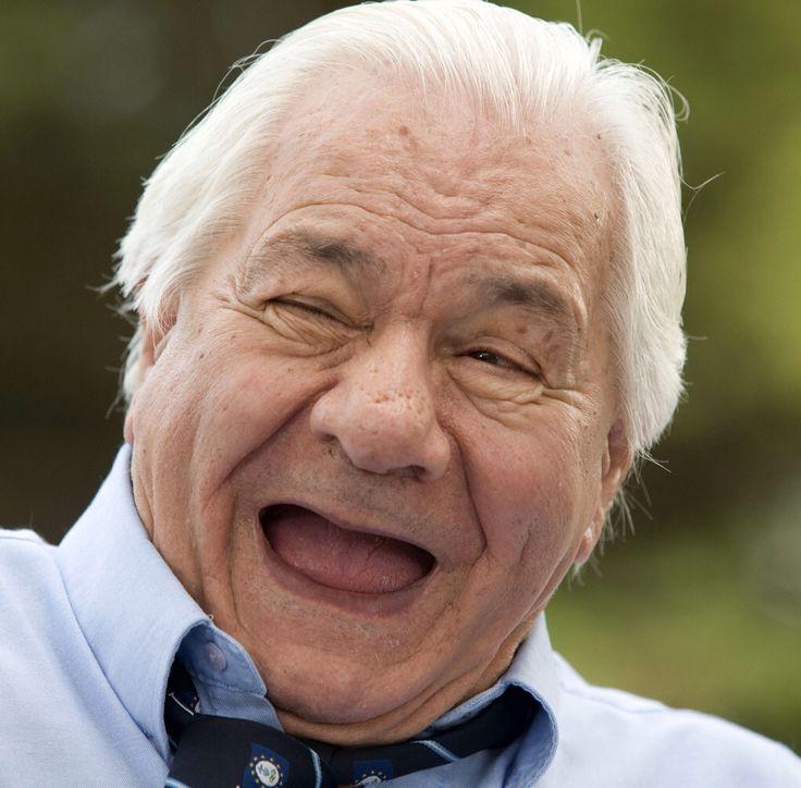 Michel Galabru, né le 27 octobre 1922 à Safi au Maroc et mort le 4 janvier 2016 (à 93 ans)[1] à Paris, est un acteur français. Il est le père des comédiens Jean Galabru et Emmanuelle Galabru et le grand-père de Sophie Galabru.