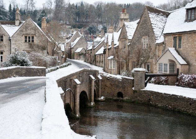 Christmas in the Cotswolds © stocker1970