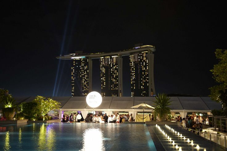 JOIN US at the WINEFIESTA 2013 in Singapore  In its 6th year, the Singapore Wine Fiesta, presented by The Straits Wine Company in partnership with DBS, is set to mark the opening of the international wine harvesting season at the Customs House from 31 October to 3 November 2013.  www.greenvelvet.ch www.swissdreamssingapore.com www.winefiesta.com.sg