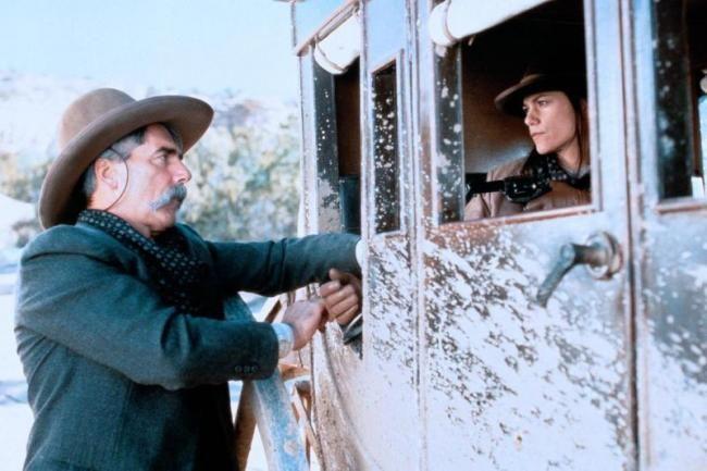 Sam Elliott, Linda Fiorentino The Desperate Trail 1994