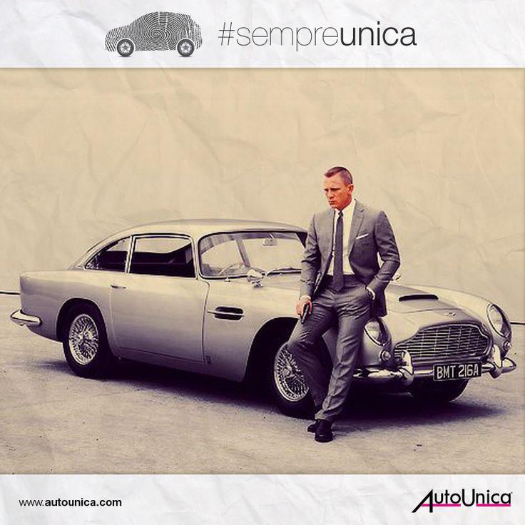 Un'auto #sempreunica così come unico è chi la guida. Potreste mai immaginare James Bond senza la sua Aston Martin?