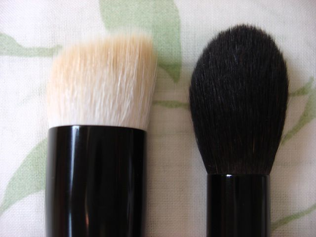 http://beyoutifulbeautyblog.com/2013/09/20/initial-thoughts-on-wayne-goss-brushes-collection/