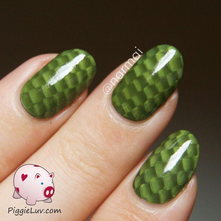 PiggieLuv: One stroke snake skin nail art with video tutorial!