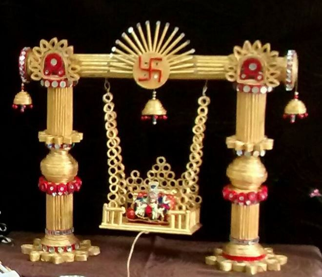 Janmashtami decoration ideas krishna jhula design for Living room jhula
