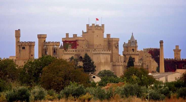 A traveler once wrote that there is no king with a more beautiful castle or palace