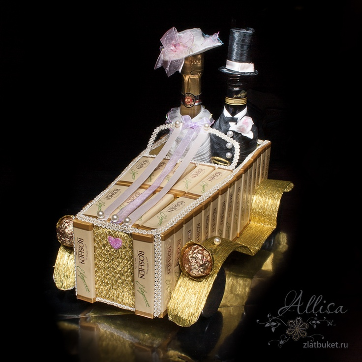 Wedding limousine from sweets