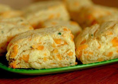 Cheddar chive biscuits | *savoryNomz* | Pinterest