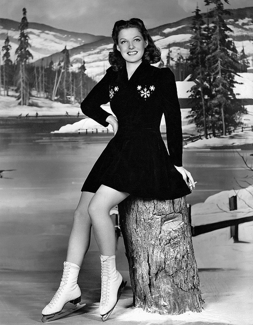 If I click my (ice skate covered) heels together three times and wish really, extra hard, can I please have the terrifically cute figure skating outfit Ann Sheridan is wearing in this great 1940s shot? :)