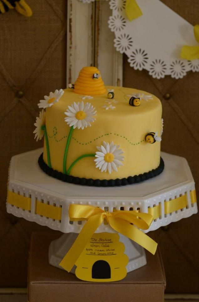 840 Best Bee Cakes Images On Pinterest Bees Birthdays And Biscuits