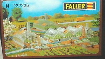 Faller-N-scale-Green-houses-kit-232225-Neat