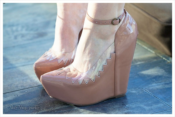 Now I am usually not a wedge girl, but I could def make an exception for these!!