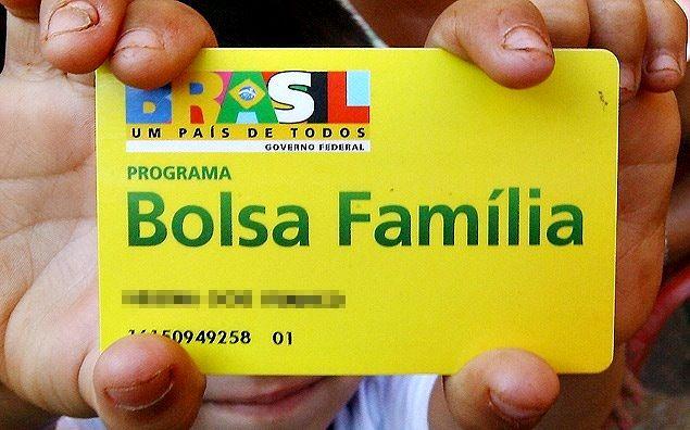 O Programa Bolsa Família e a dor de cotovelo da Sociedade Capitalista programa bolsa familia sociedade capitalista