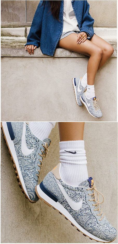 Wow Liberty London x Nike Internationalist ( A noter le short assorti aux shoes)