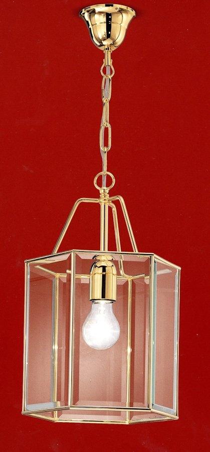 752-475.00.64 Sospensione h.40 dia. 25cm ORO  Classica lanterna da condominio in ottone finitura oro, con vetro cristallo molato. Di facile montaggio, pulizia e manutenzione e' adatta a condomini eleganti sia classici che moderni. Altezza della lampada 40cm, diametro 25cm