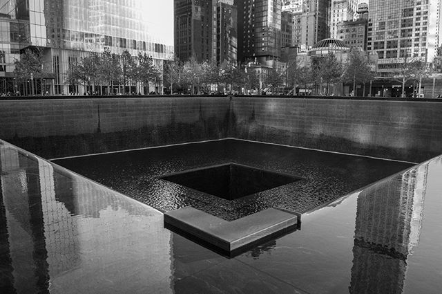 I'm no longer in NYC, but I still have a few pics I want to post. At the 9/11 Memorial and museum. 😢 #nyc #travels #newyorkcity #911memorial #godblessamerica #visitnewyork #sightseeing #inthecity #onthestreet #midtownmanhattan #bigapple #citythatneversleeps #travelgram #bigcity #newyorktrip