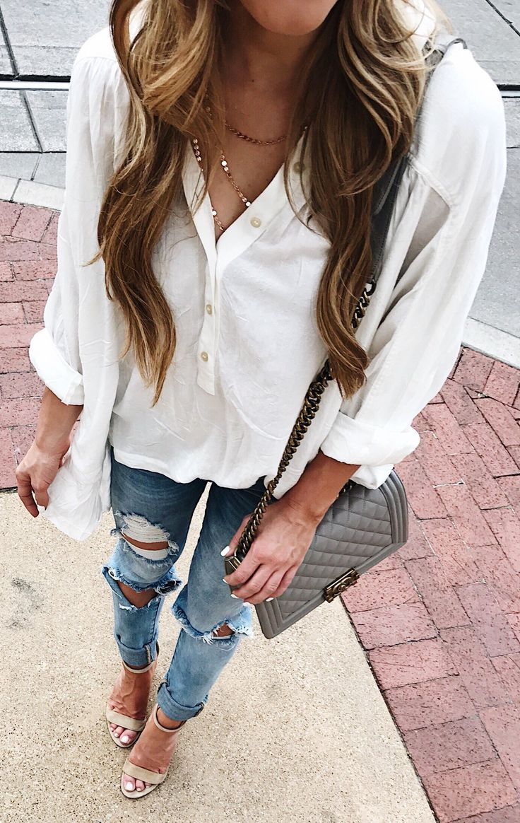 White Blouse + Destroyed Jeans + Grey Sandals // Shop This Outfit In The Link#summer #outfits