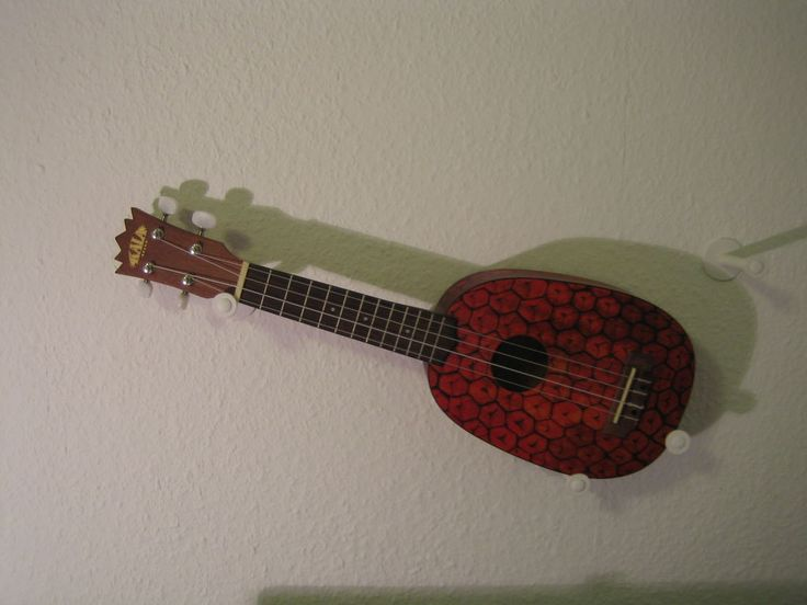 cheap ukulele wall mount idea