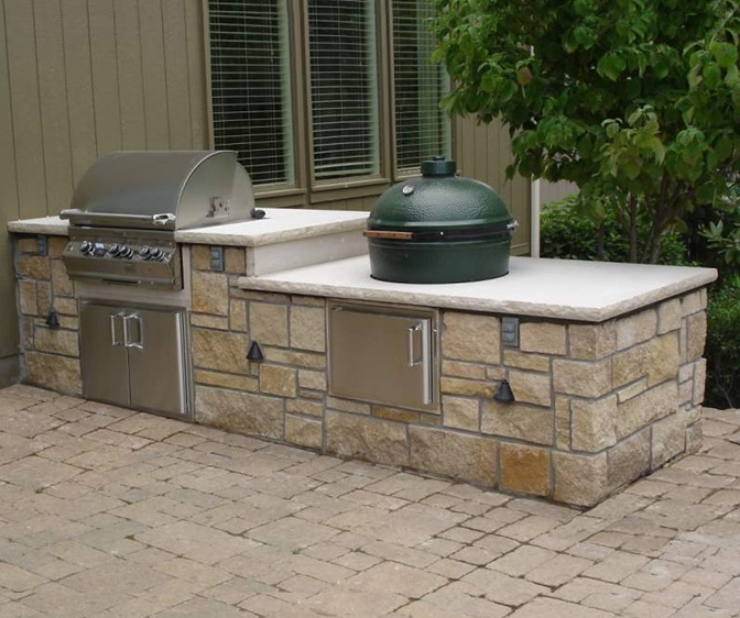 Stone Age 12 Straight Island With Gas Grill And Ceramic