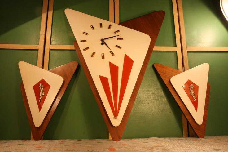 1962 empire art MID CENTURY MODERN WALL CLOCK - Oh lordy...: Mid Century Modern Wall Clocks, 1962 Empire, Midcenturymodern, Century Clocks, Art Mid, Clocks Etc, Clocks Research, Art Walls, Empire Art