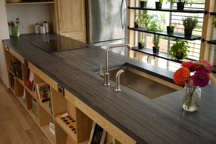 ... : Heathermoor Slate Finish: Honed Countertop & Natural Cleft Flooring