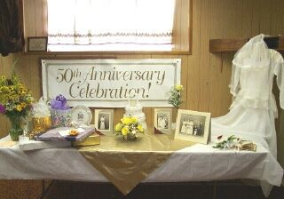 1000 ideas about 50th birthday centerpieces on pinterest for 10th wedding anniversary decoration ideas
