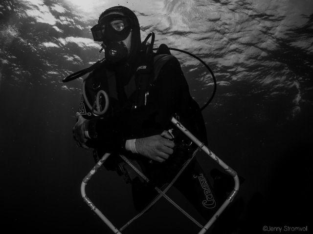 scientific diver in Ponta do Ouro (Mozambique). GreenBubbles