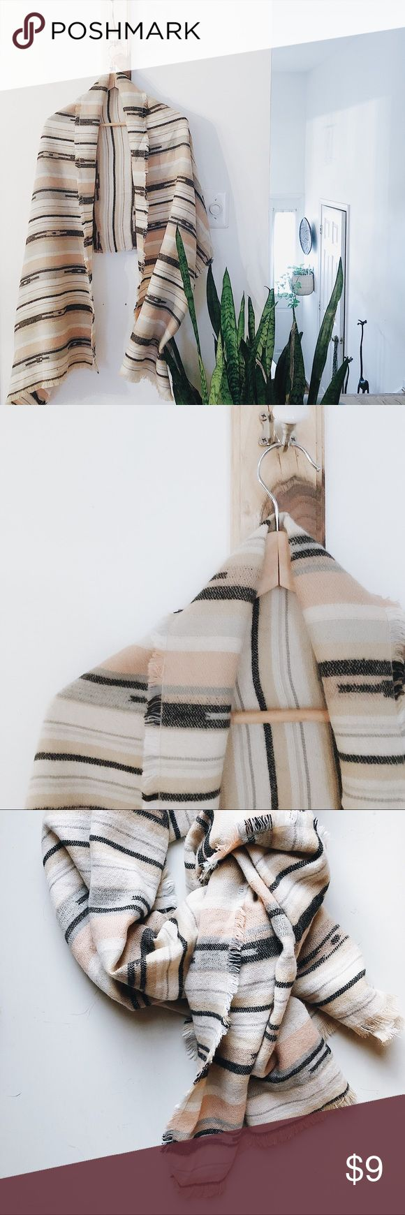 Oversized scarf neutral colors Like new condition….