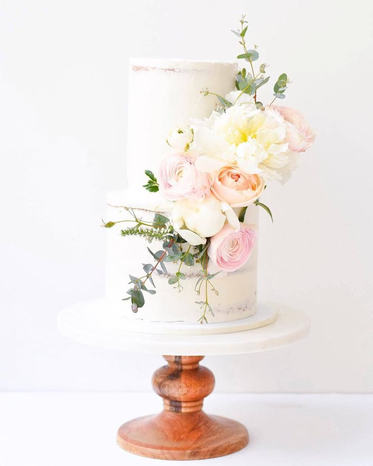 Follow @cake_wedding for amazing cake insp Photo @ruzecakehouse #nakedcake #nakedcakes