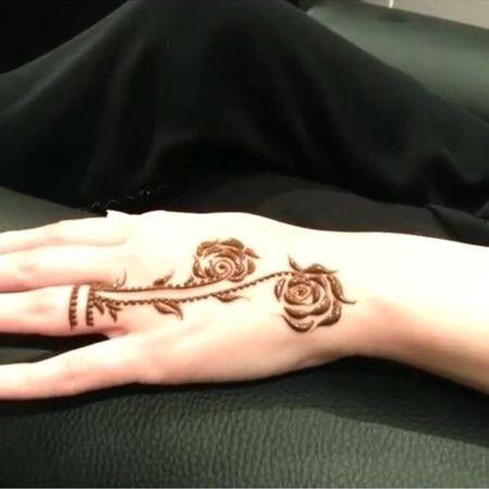 Creative henna