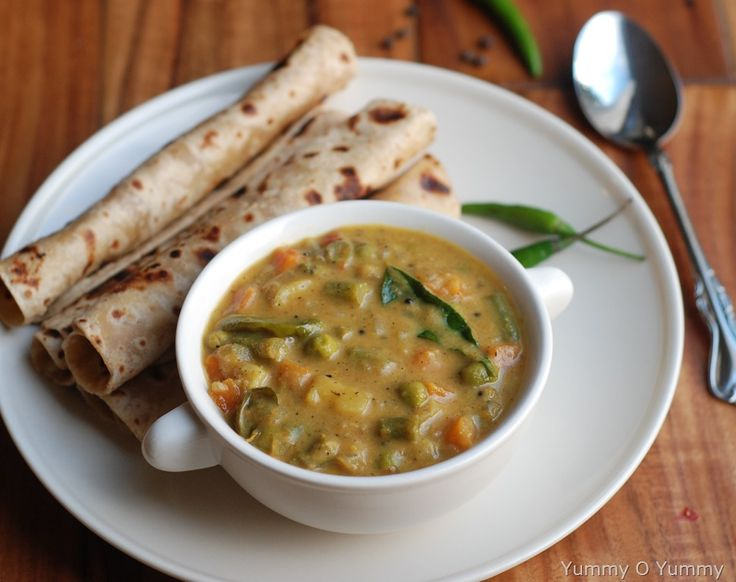 Vegetable curry with coconut milk