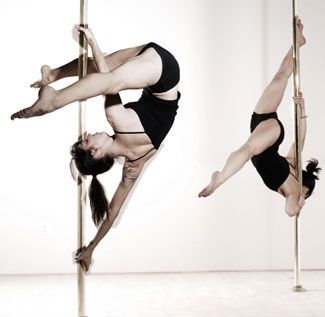 Fitness- I want a stripper pole so bad because of stuff like this